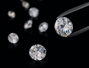 New super-dense forms of carbon outshine diamond | physics4me