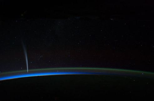 comet-lovejoy_space_station