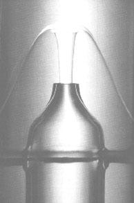 A superfluid helium fountain